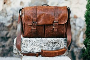10 Best Leather Messenger Bags [ 2021 ]