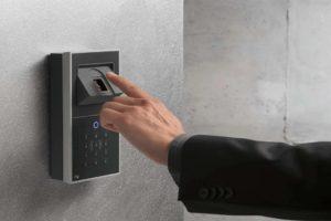 10 Best Fingerprint Door Locks [ 2021 ]