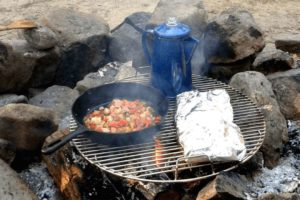 Camp Cooking: Ultimate Guide & Golden Tips