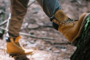 How To Maximize Comfort while Wearing Work Boots