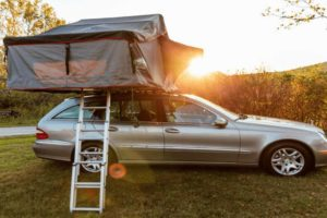 Roof Top Tent Vs. Regular Tent: Ultimate Guide