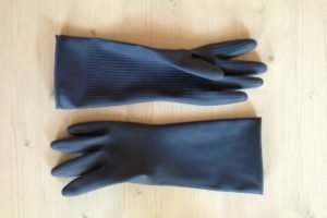 How to Pick the Best Heated Gloves for Raynaud's Syndrome in 2021